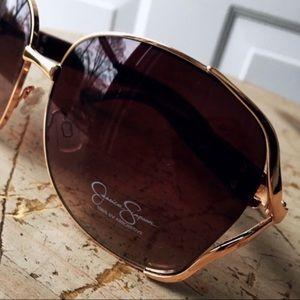 NWOT Jessica Simpson Oversized Logo Sunglasses